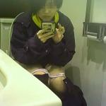 【新作】トイレ盗撮シリーズ(2カメ)②